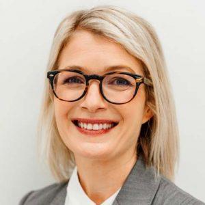 Dr Amelia Jardim specialist Neurosurgeon in both adult and paediatric surgery